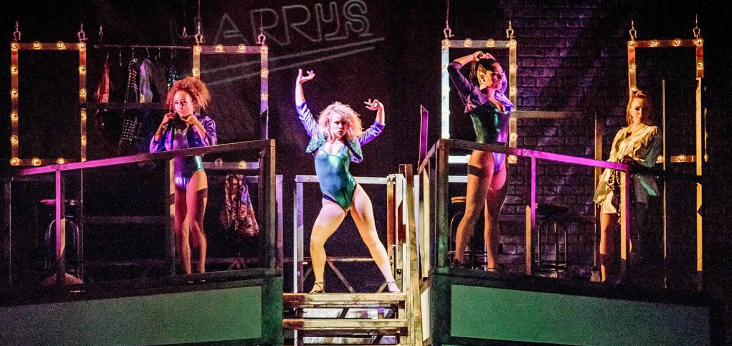 review flashdance the musical at the palace theatre
