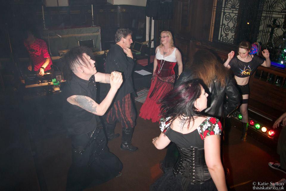Goth dating site vampier wat dating sites zijn gratis