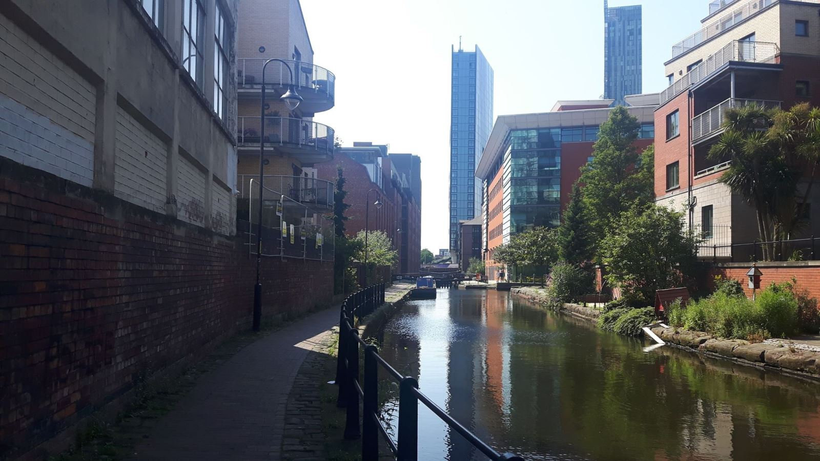Rochdale Canal In City