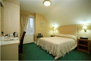 Manchester Accommodation - Hotels, Bed and Breakfasts and Self Catering Accommodation - cover