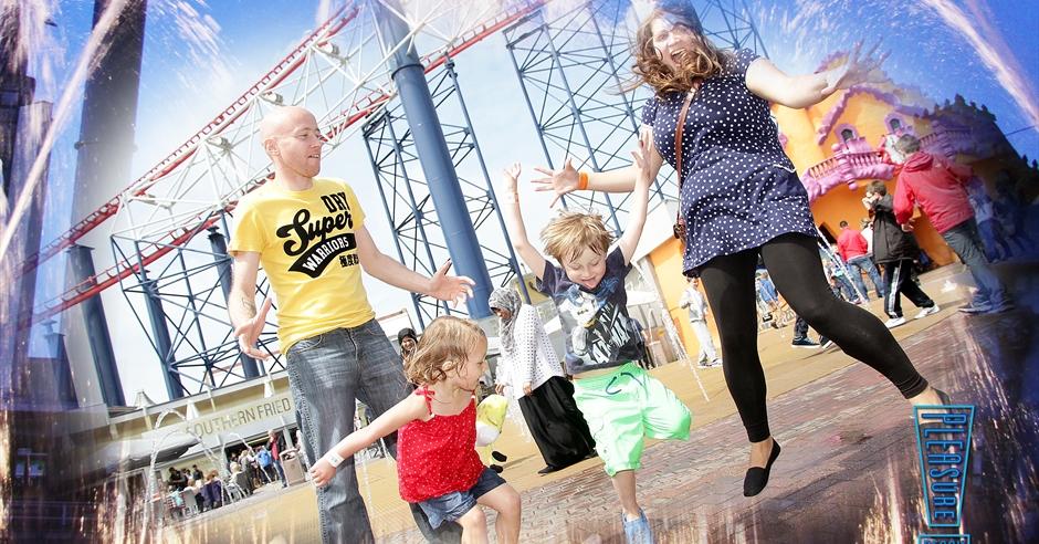 ?image=%2fdmsimgs%2f12_1252224503_1180135273 Map Of Blackpool Pleasure Beach on map of bay beach amusement park, map of santa cruz beach boardwalk, map of blackpool illuminations, map of blackpool north,