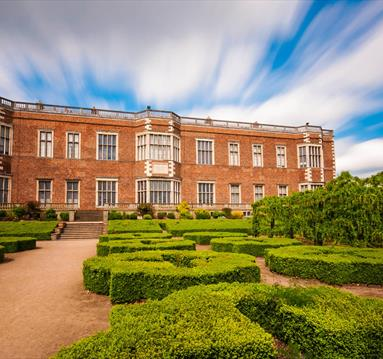 Temple Newsam House by https://www.flickr.com/photos/billyrichards/