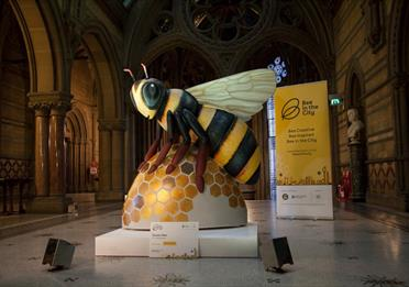 Bee in the City Auction