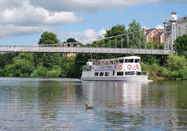 Day Trip to Historic Chester and River Cruise
