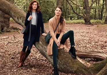 Two models wearing Hobbs