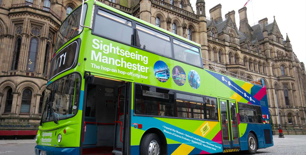 Sightseeing Manchester Tour Bus