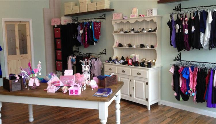 Fouette Dancewear & Ballet Boutique