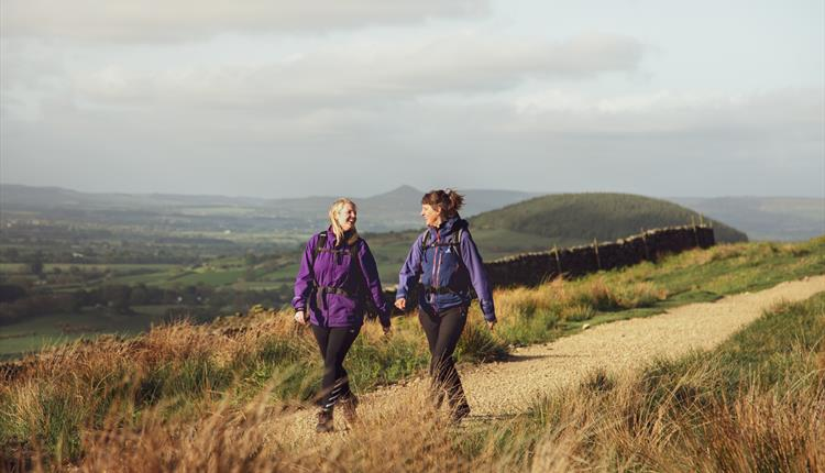 England's Great Walking Trails - The Cleveland Way: Helmsley to Whitby
