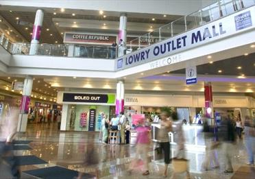 Lowry Outlet Mall