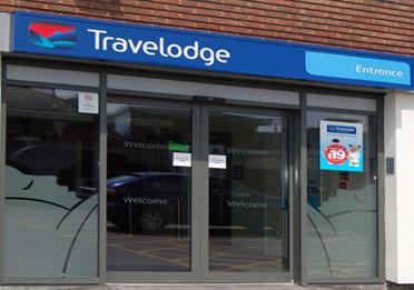 Travelodge Altrincham main entrance